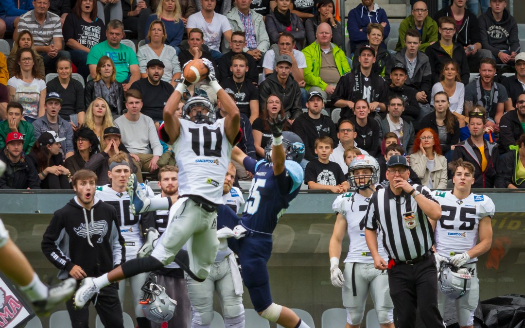 Elmhurst Bluejays Fall To Swarco Raiders In Austria